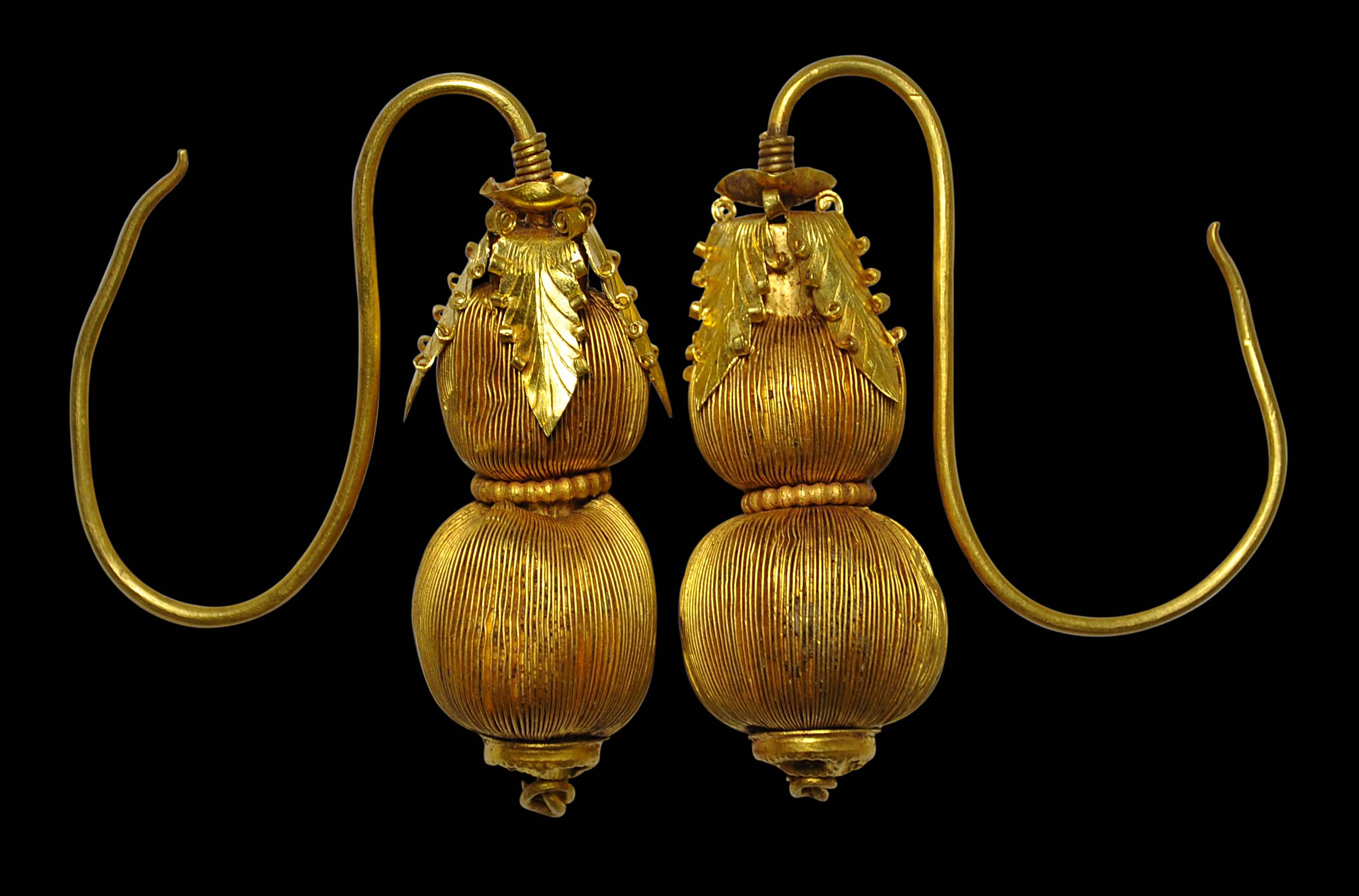 Chinese Gold Double-Gourd Shaped Earrings - Michael Backman Ltd